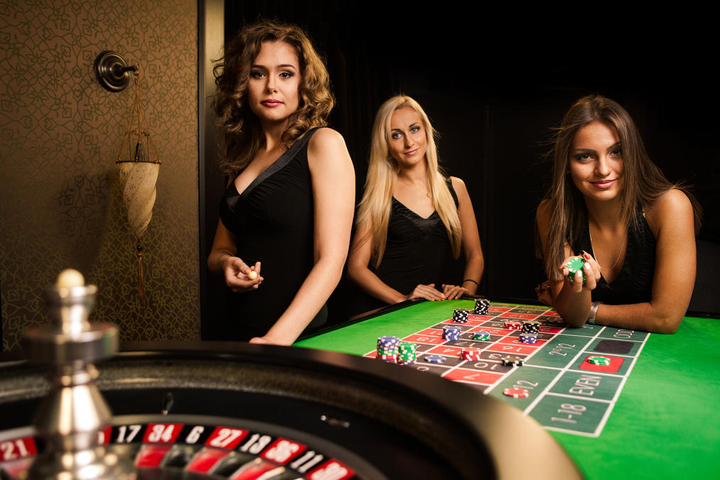 Have more Benefits of playing poker online